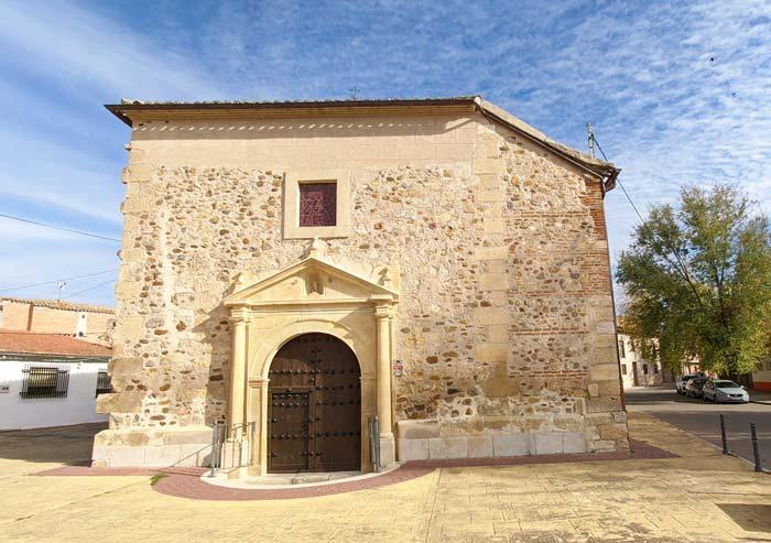 Fachada trasera de la Iglesia de Talamanca de Jarama