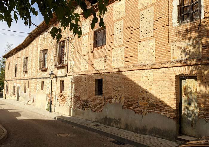 Fachada lateral de la Cartuja de Talamanca de Jarama