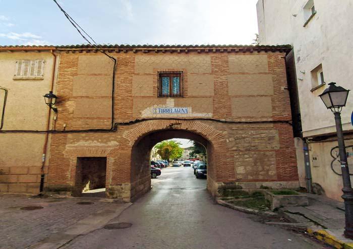 Antigua muralla y casco antiguo de Torrelaguna