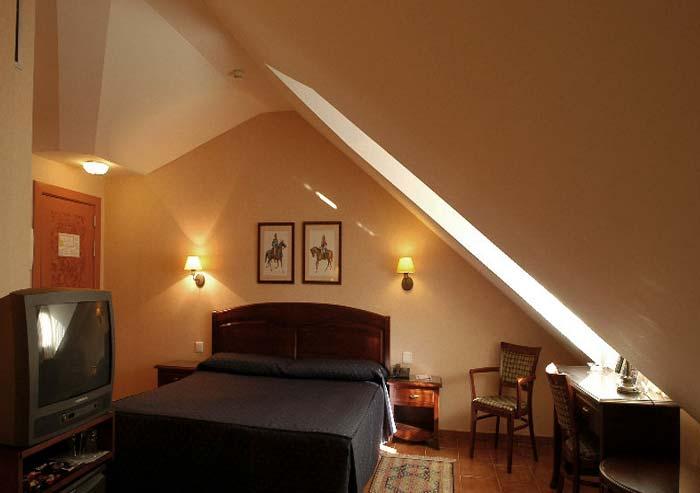 Hotel Sercotel Los Lanceros , el Escorial