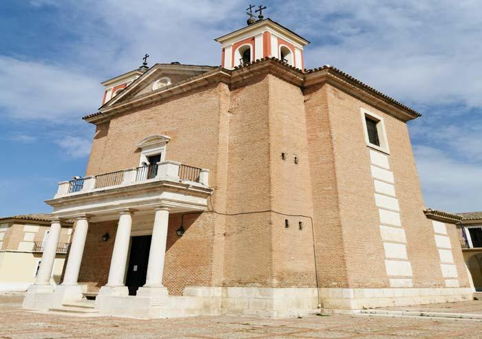 Vista de la Iglesia de Cortijo de San Isidro