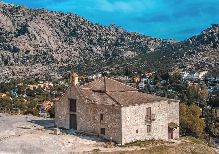 Ermita de Nuestra Señora de la Peña Sacra, en Manzanares el Real