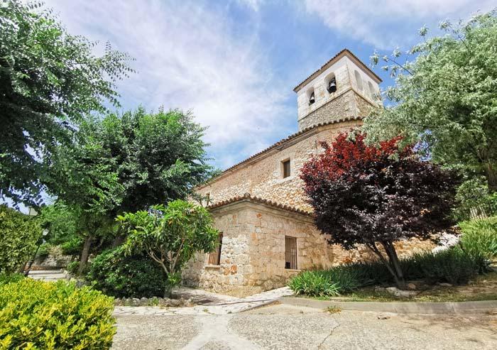 Iglesia de San Pedro, en Olmeda de las Fuentes