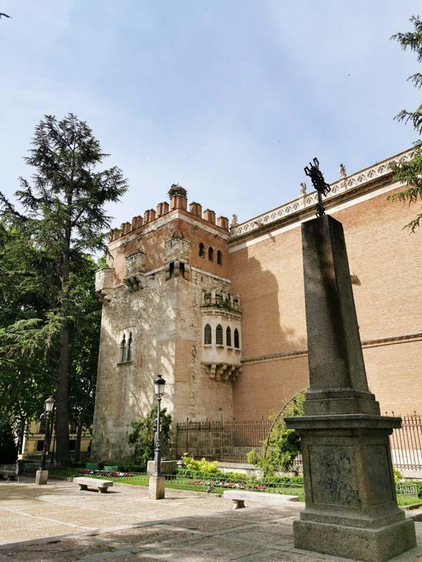 Plaza y Palacio Arzobispal de Alcalá de Henares