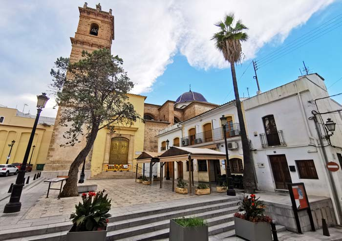 Iglesia de San Roque en Oliva